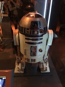 Exposition Star Wars Identities - R2D2